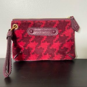 """Juicy Couture   Red Print Wristlet 8.5""""x5.5"""""""